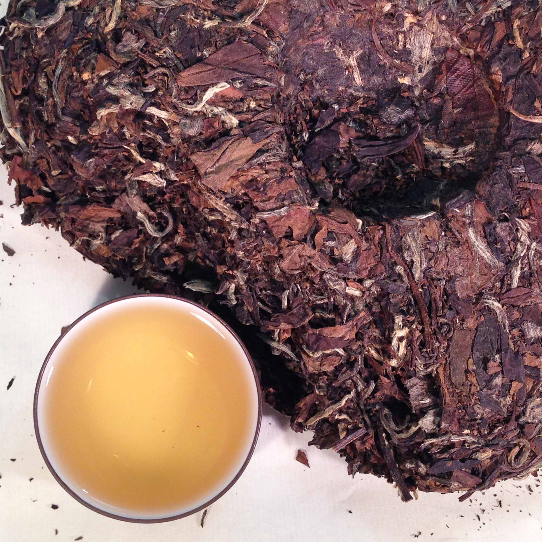 Bai Mu Dan White Tea Cake