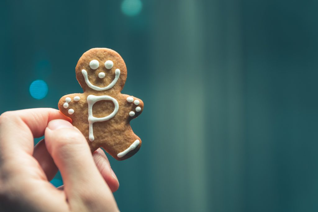 Cooking with tea includes gingerbread people like this.